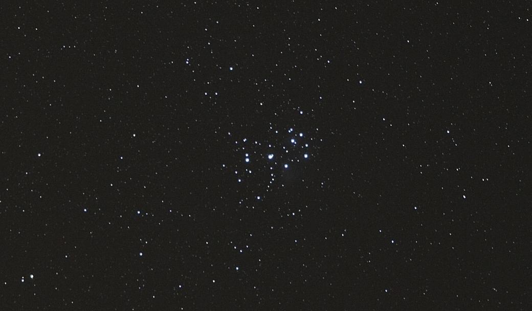 Ciel profond d'automne - Page 29 PleiadesFocus